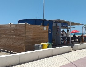 """(Català) Ecobp amplia la recollida comercial """"Porta a Porta"""" a les guinguetes de la platja."""